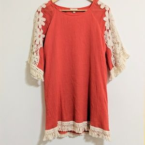 Umgee boho woven fringe tunic with lace sleeves
